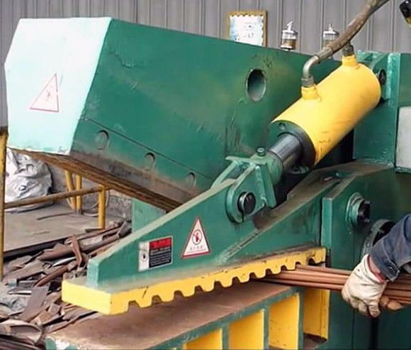 Metal Industry Knives